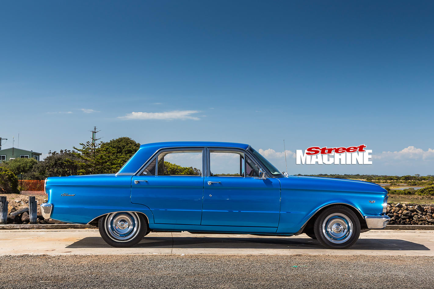 Ford -xp -falcon -side