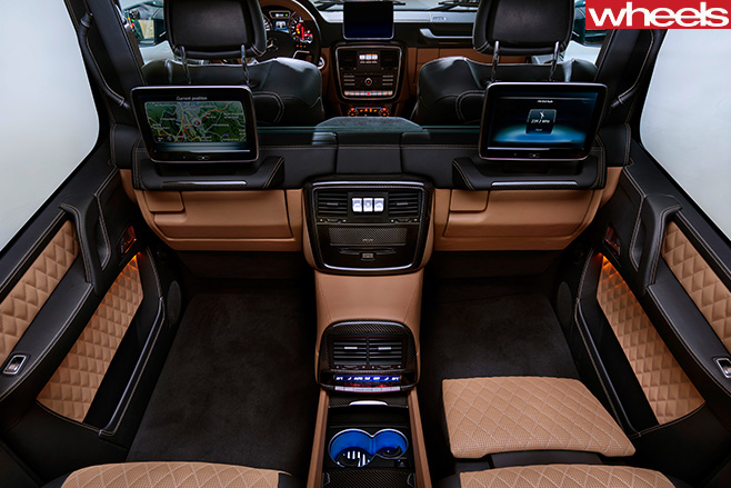 Mercedes -Maybach -G-650-Laundaulet -birds -eye -view