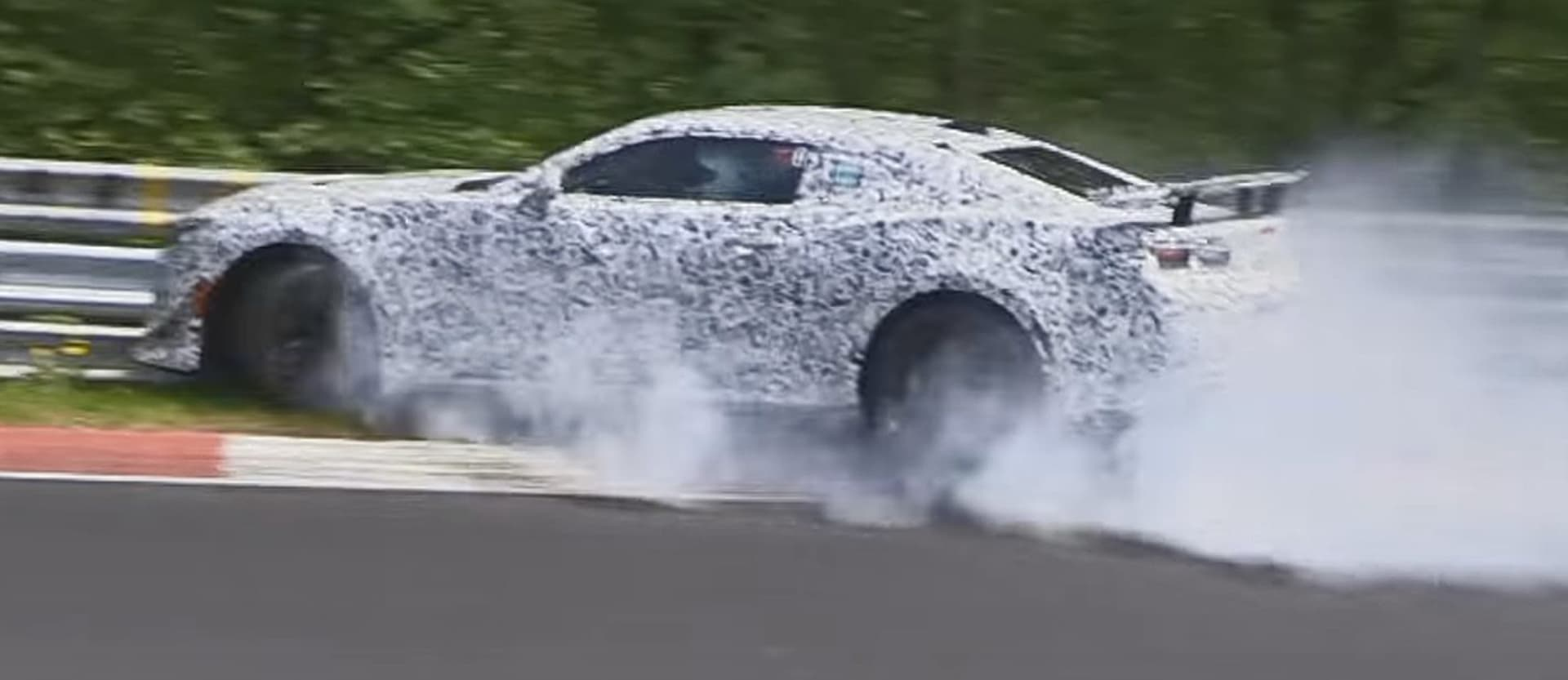 Chevrolet Camaro Z/28 prototype crashes at Nürburgring