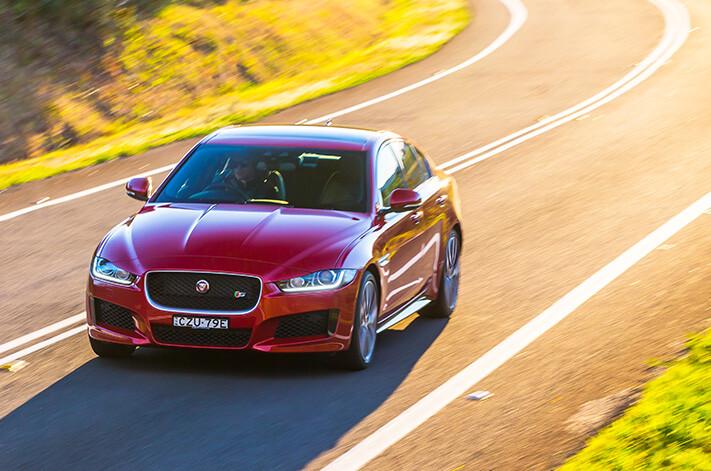 Audivjaguar Jaguar Xe S Steeringhandling Jpg