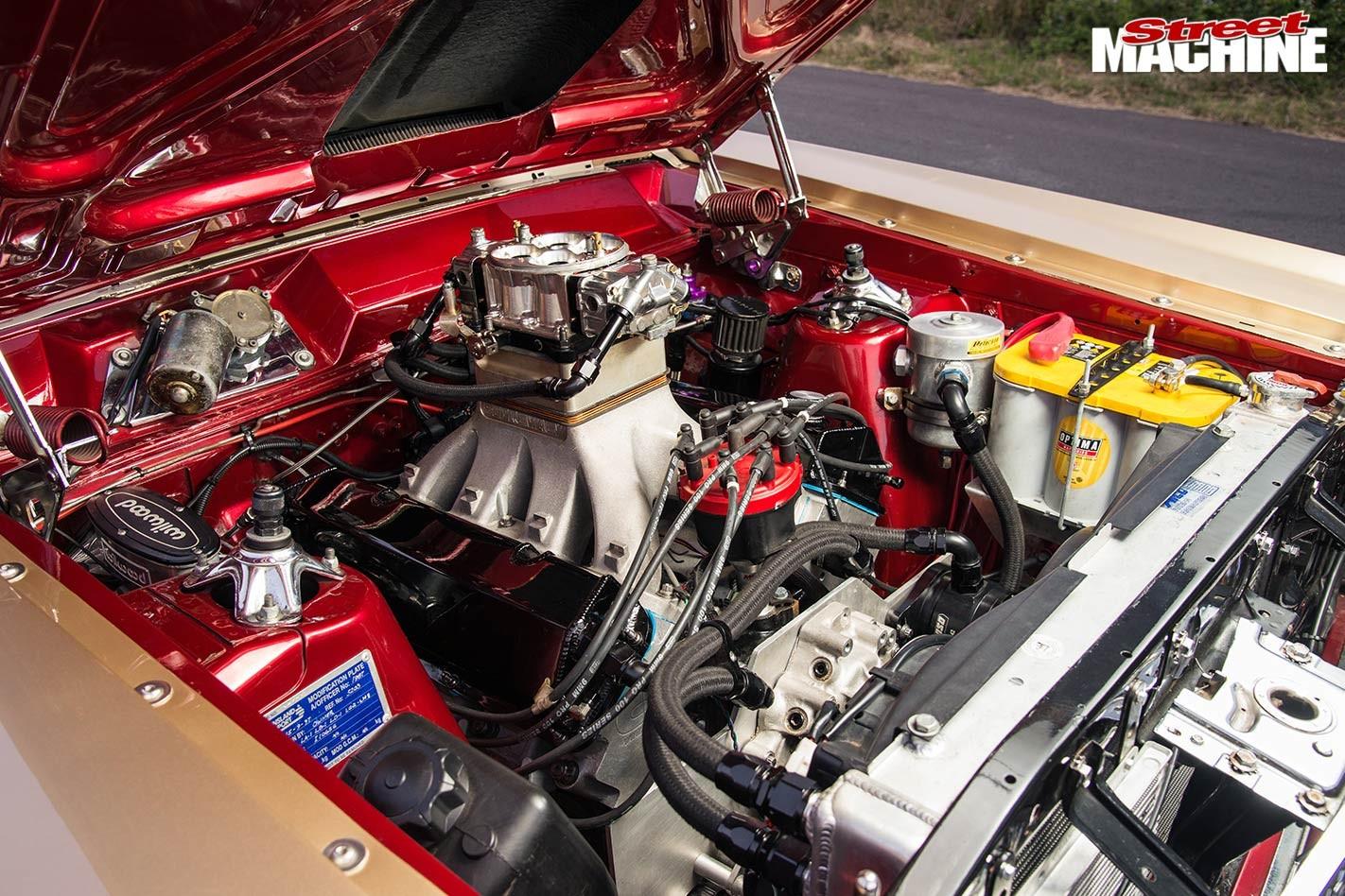 Ford XR Fairmont engine bay