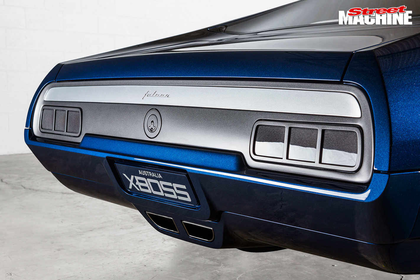 Falcon -XB-coupe -XBOSS-rear -detail