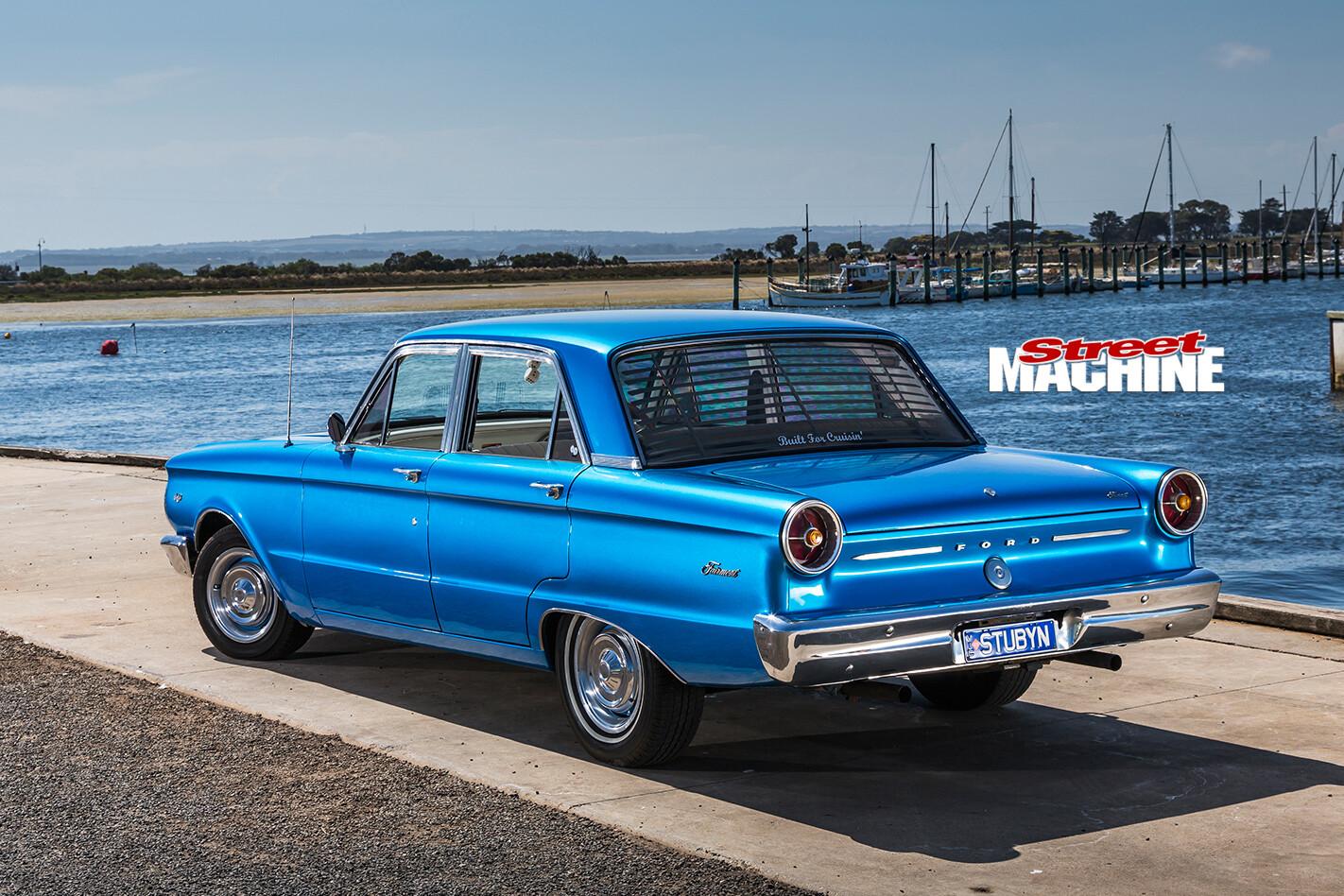 Ford -xp -falcon -rear -angle