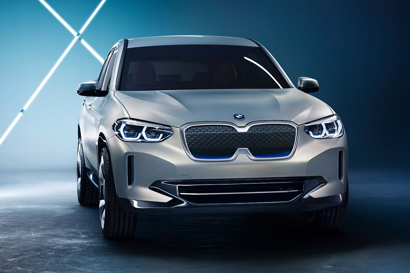2018 BMW I X 3 Concept Front 34 Static Jpg