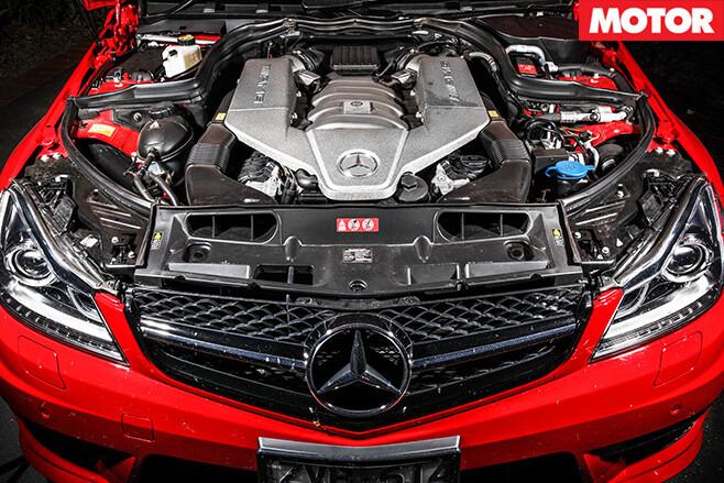 Mercedes -C63-507-Estate -engine