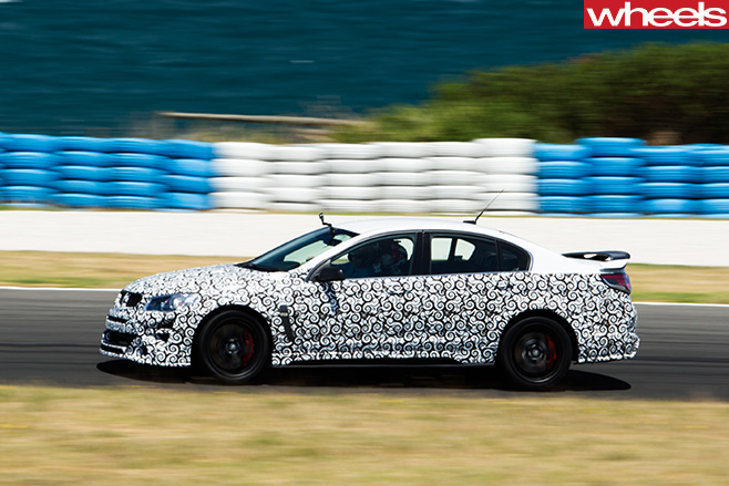 2017-HSV-GTSR-W1-driving -track -side -front