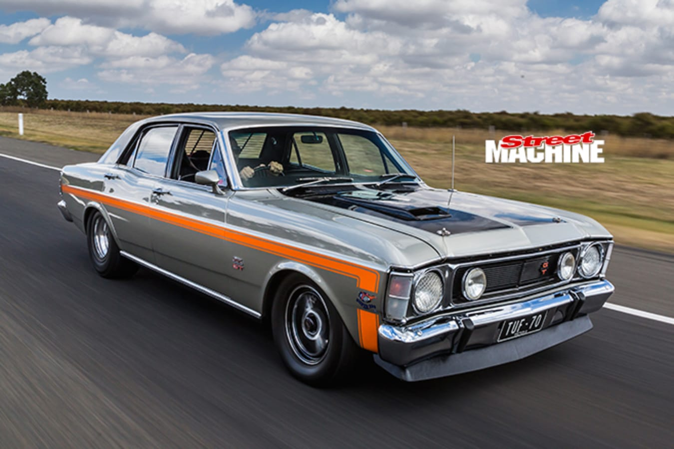 Ford Falcon XW GT onroad