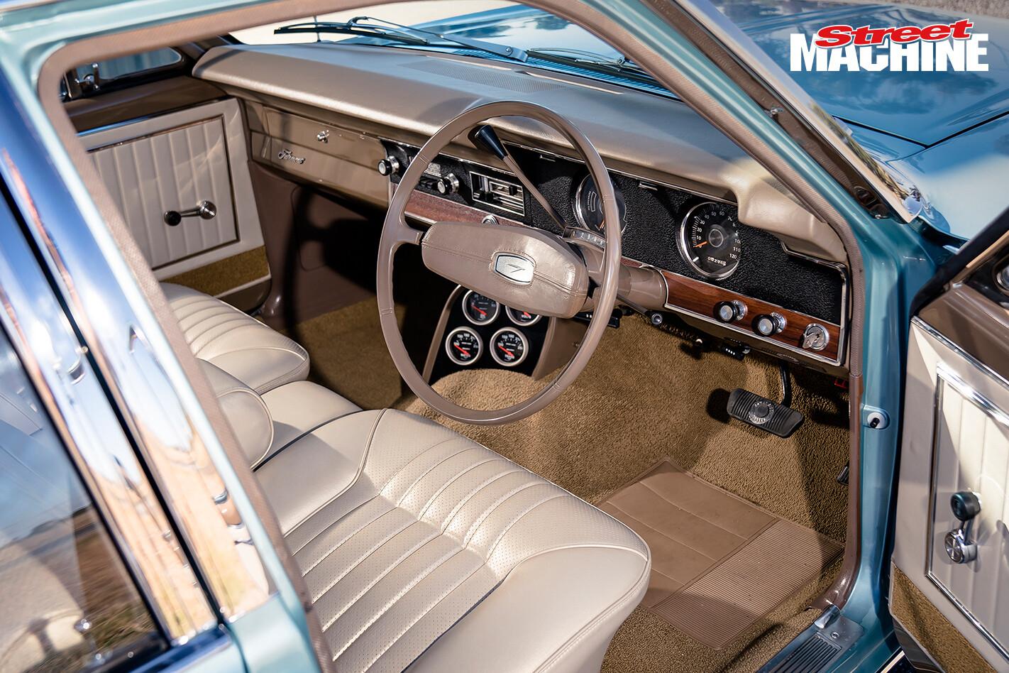 Ford XT Fairmont Interior 4 Jpg