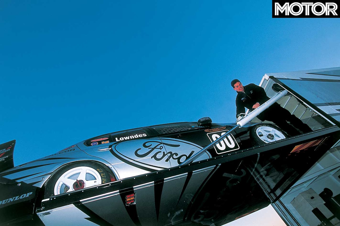 Driving Craig Lowndes 2002 Ford Falcon V 8 Supercar Unloading 281 29 Jpg