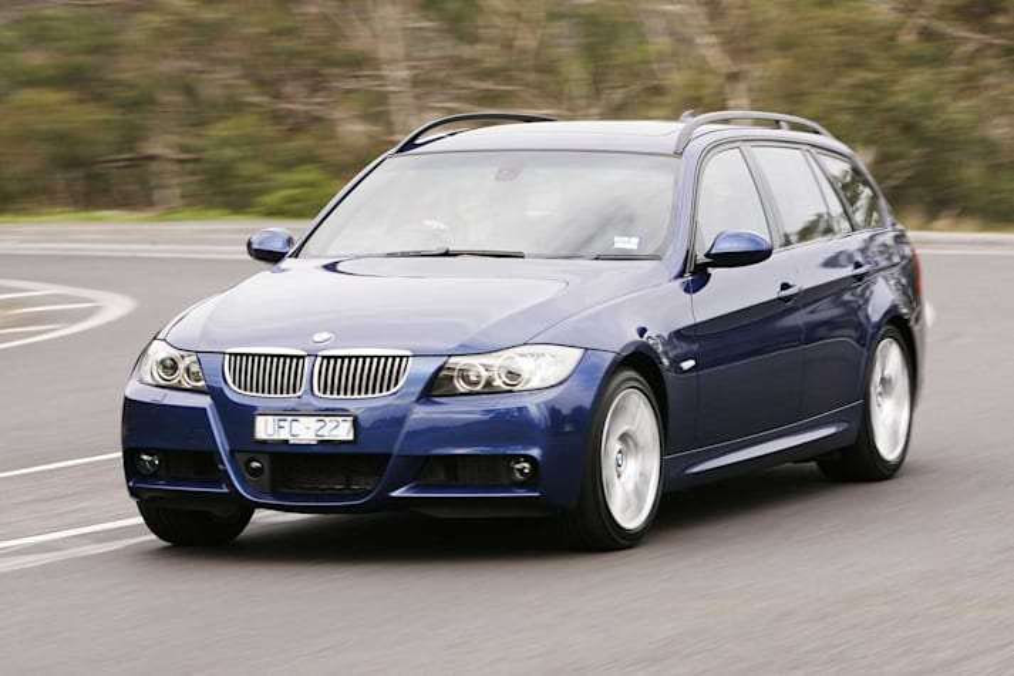 2006 BMW 323i Touring M Sport review