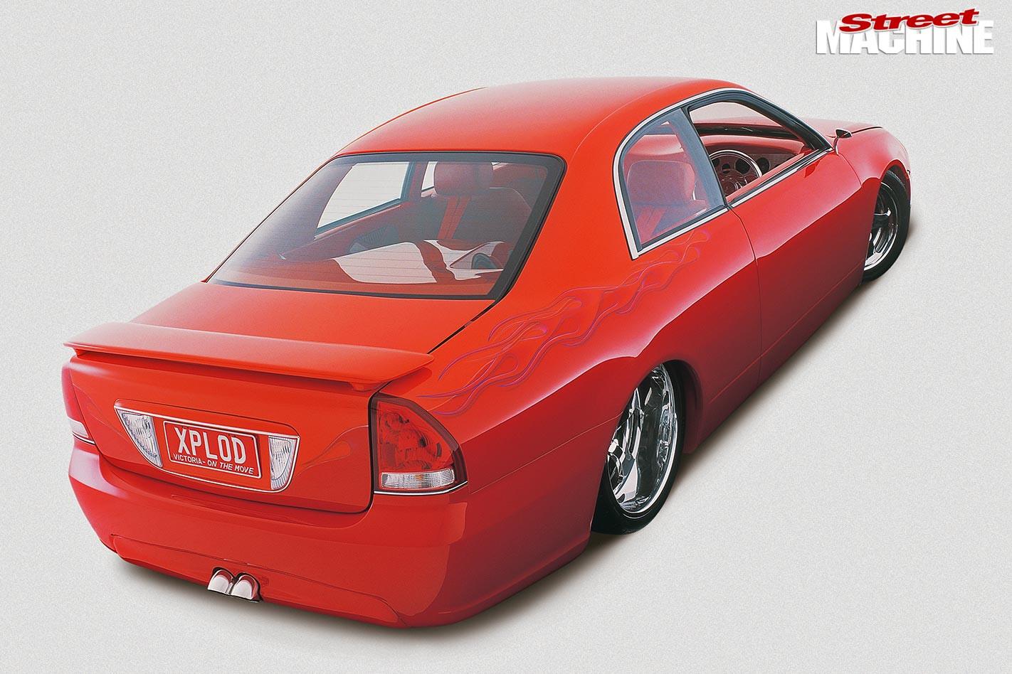 Mitsubishi Magna rear