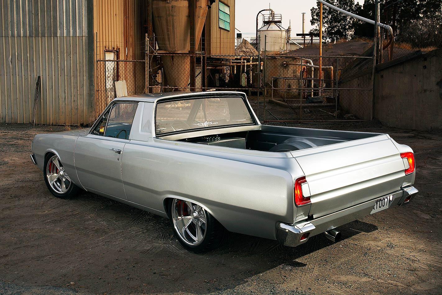 Chrysler Valiant VG ute rear