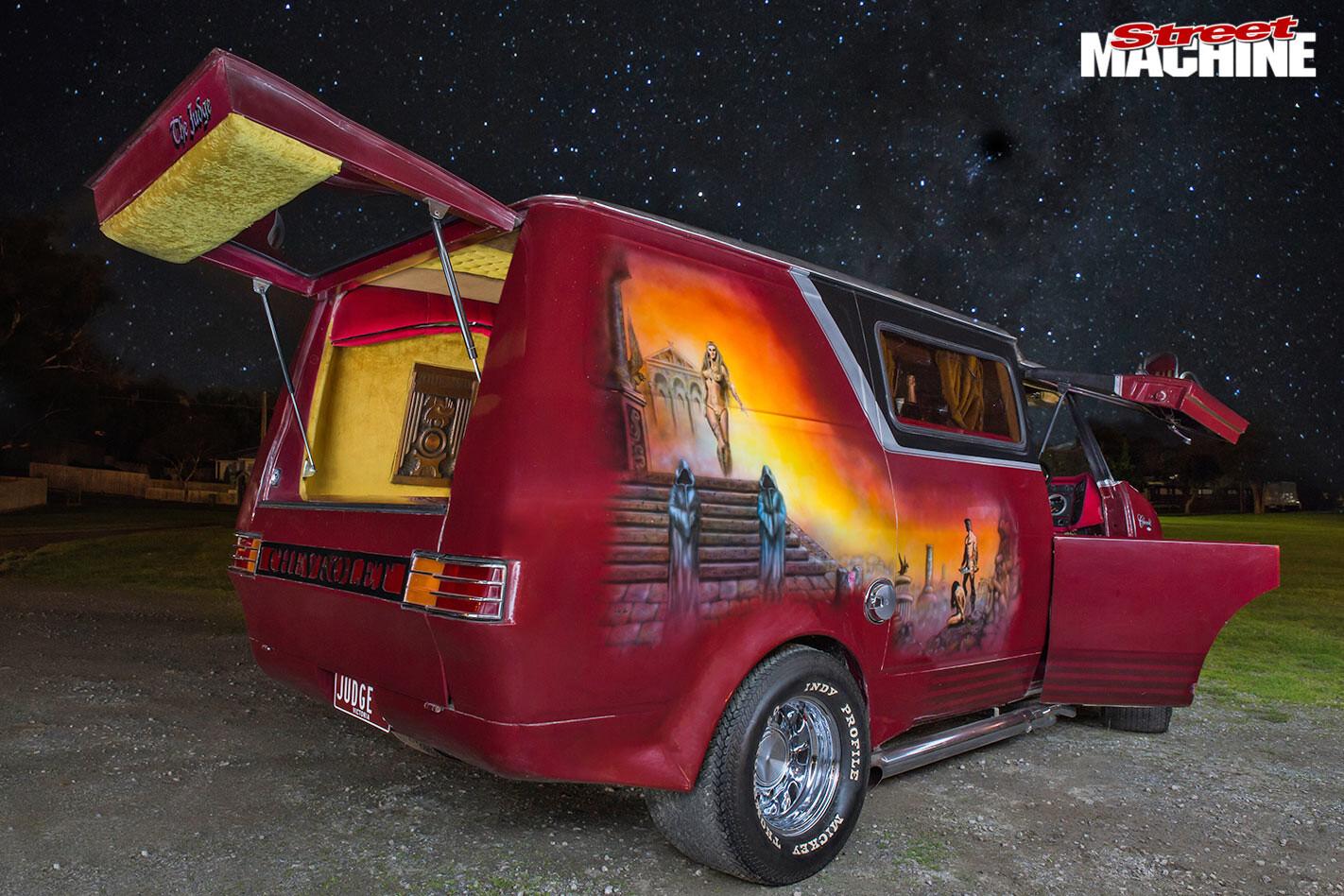 Bedford Van mural