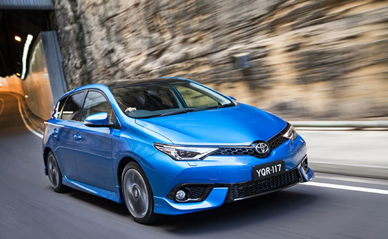 Toyota Corolla front driving