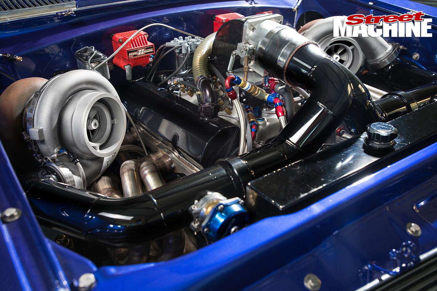 HR-Holden -engine -detail -1422