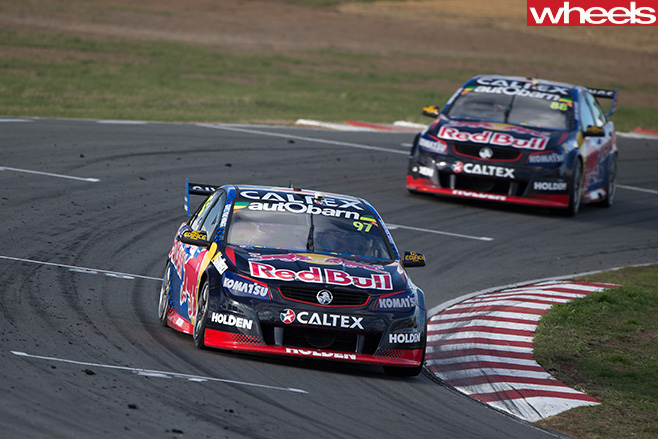 Holden -Commodore -V8-Supercars -circuit