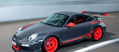 Porsche shows its track ready and street legal 911 GT3 RS