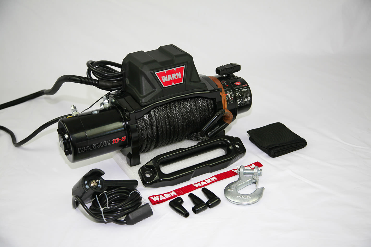 Warn Magnum 10K-S winch recovery kit