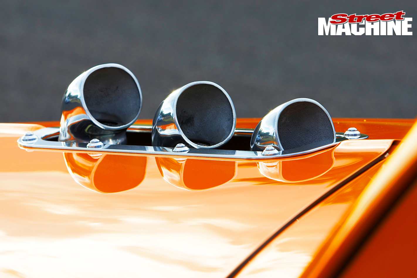 Holden -FJ_122-exhaust -outlets