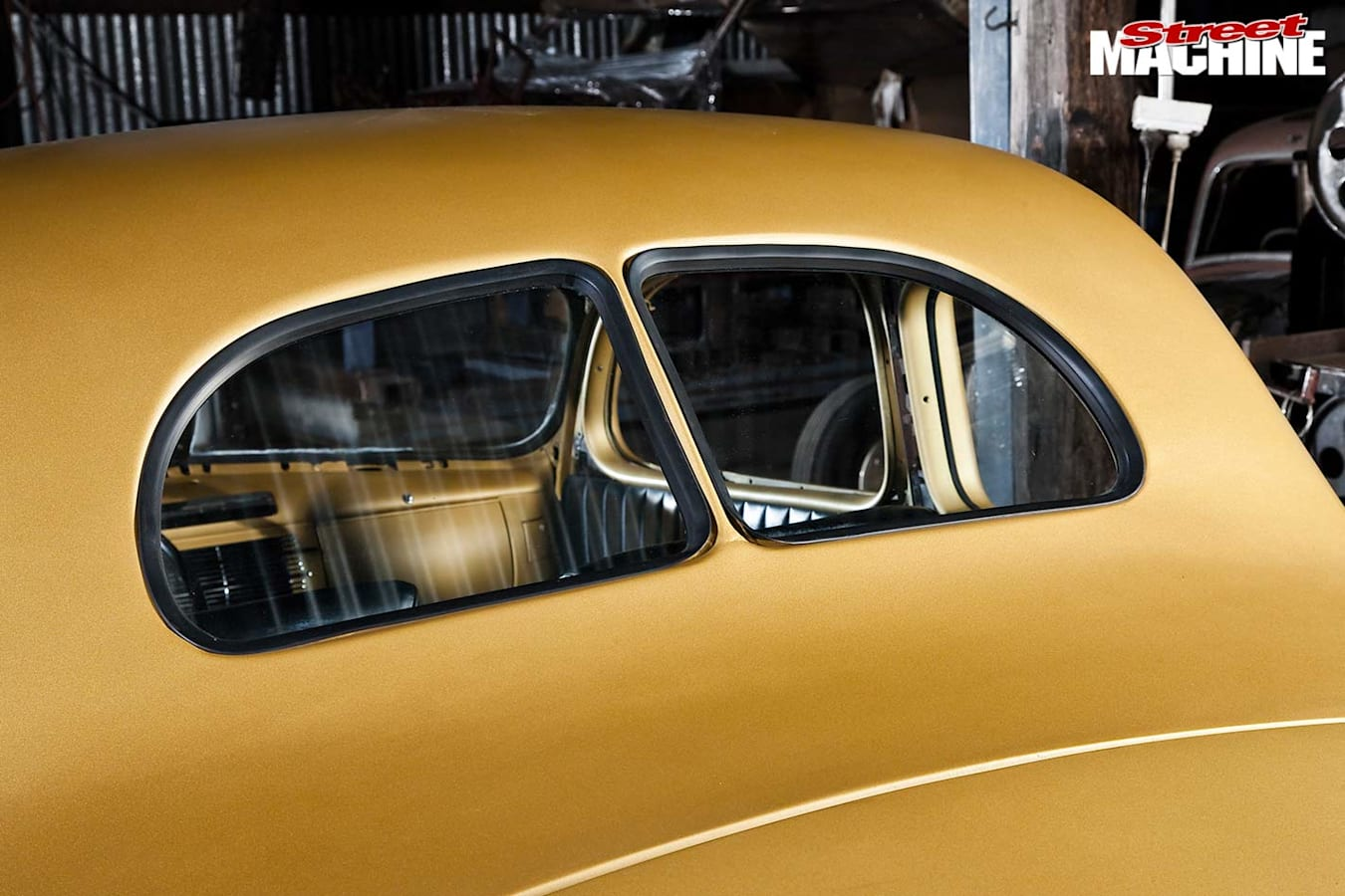 1940 Ford coupe rear window