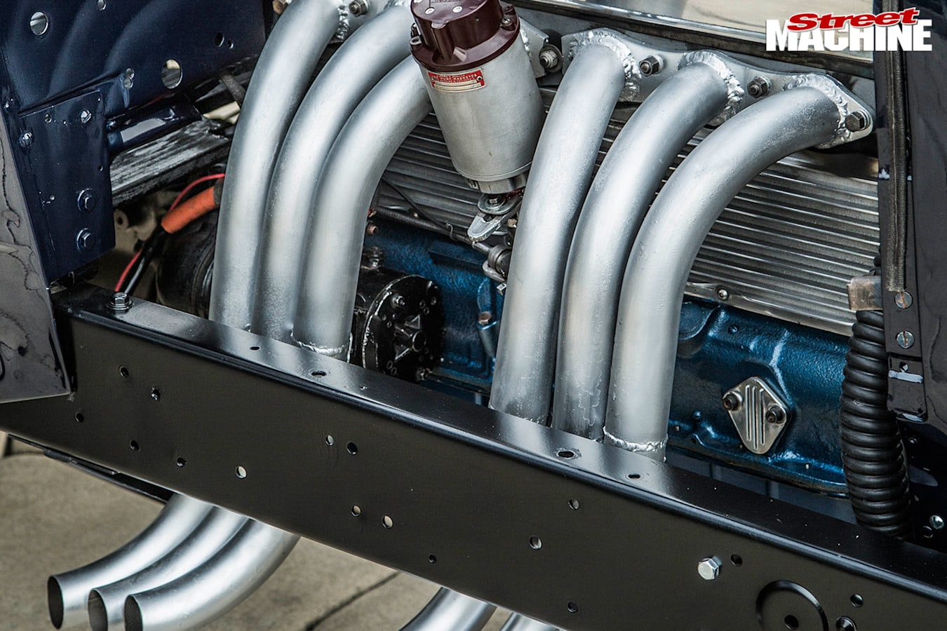 chevrolet roadster pipes