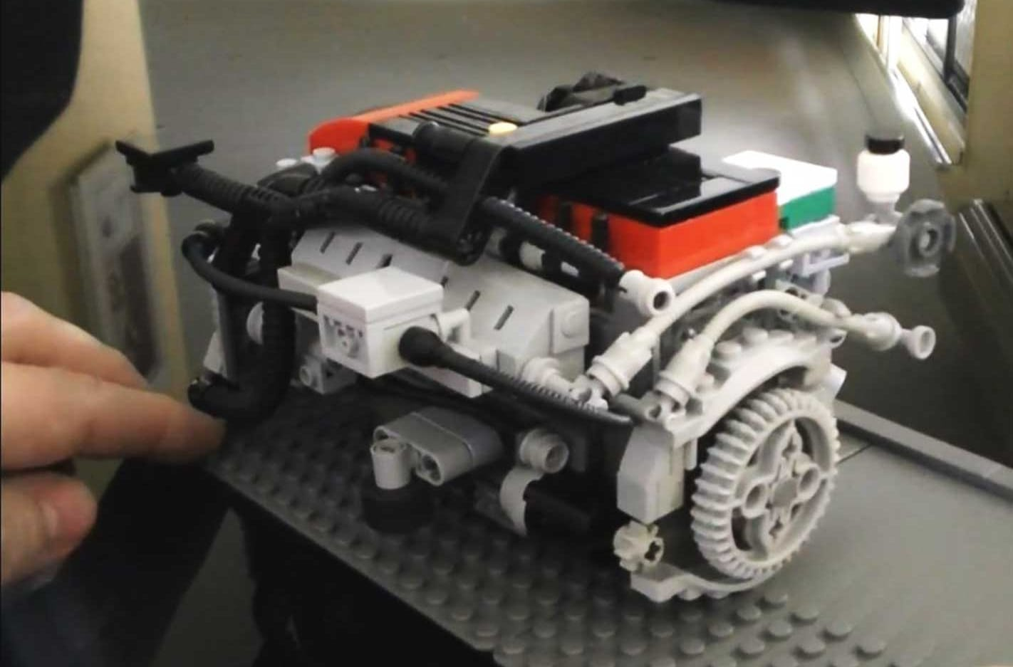 This LEGO Barra Turbo is awesome