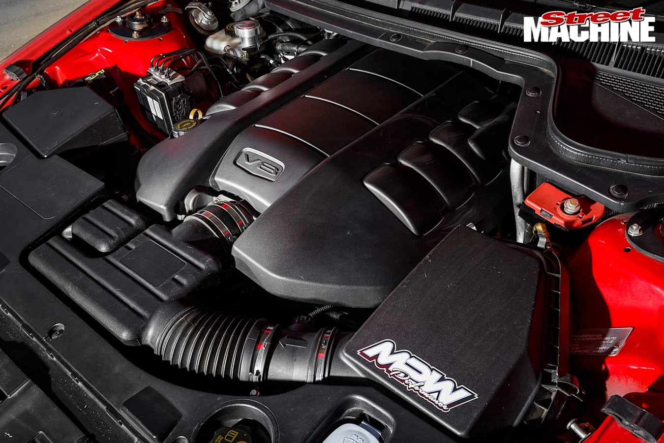Holden Commodore VE SS engine bay