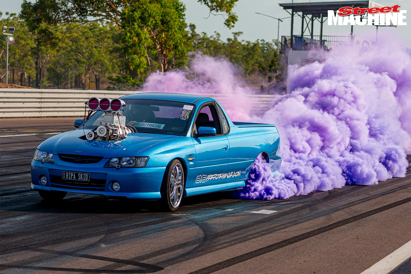 Darwin VY SS ute burnout