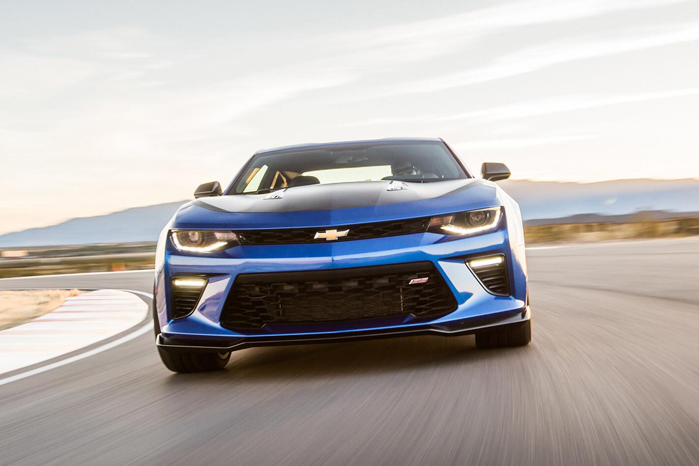 2016-Chevrolet-Camaro-front.jpg