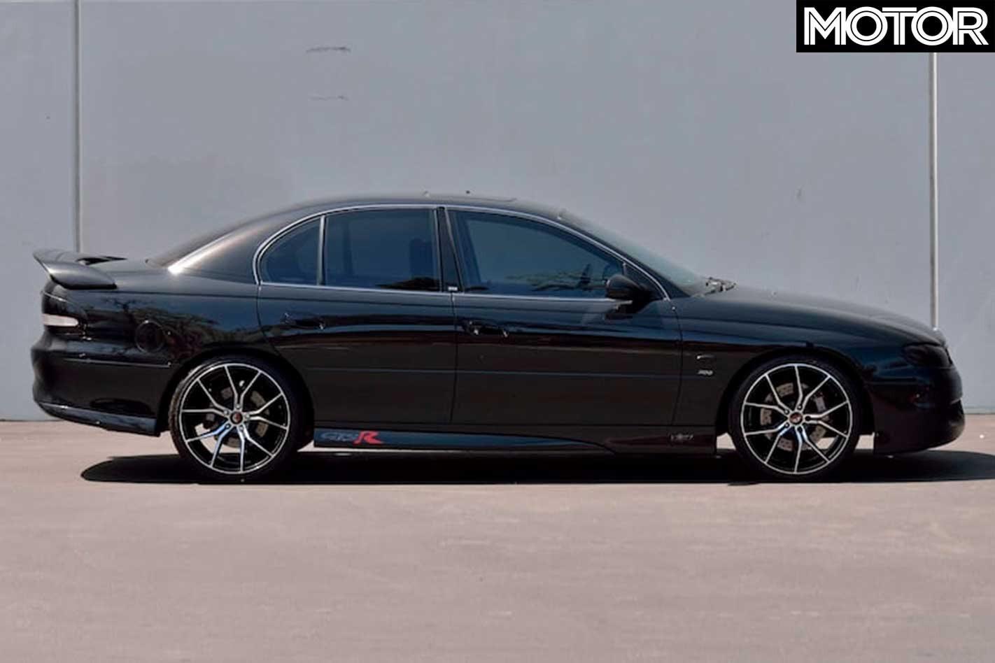 2000 HSV VTII GTSR side