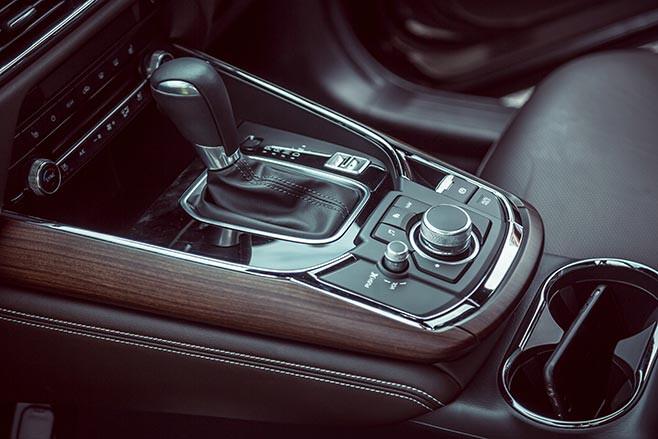 Mazda CX-9 gear shifter