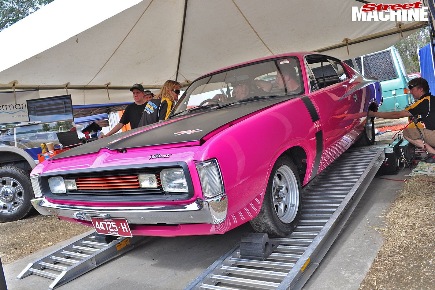 Chrysler -R-T-Charger -on -dyno -cotm