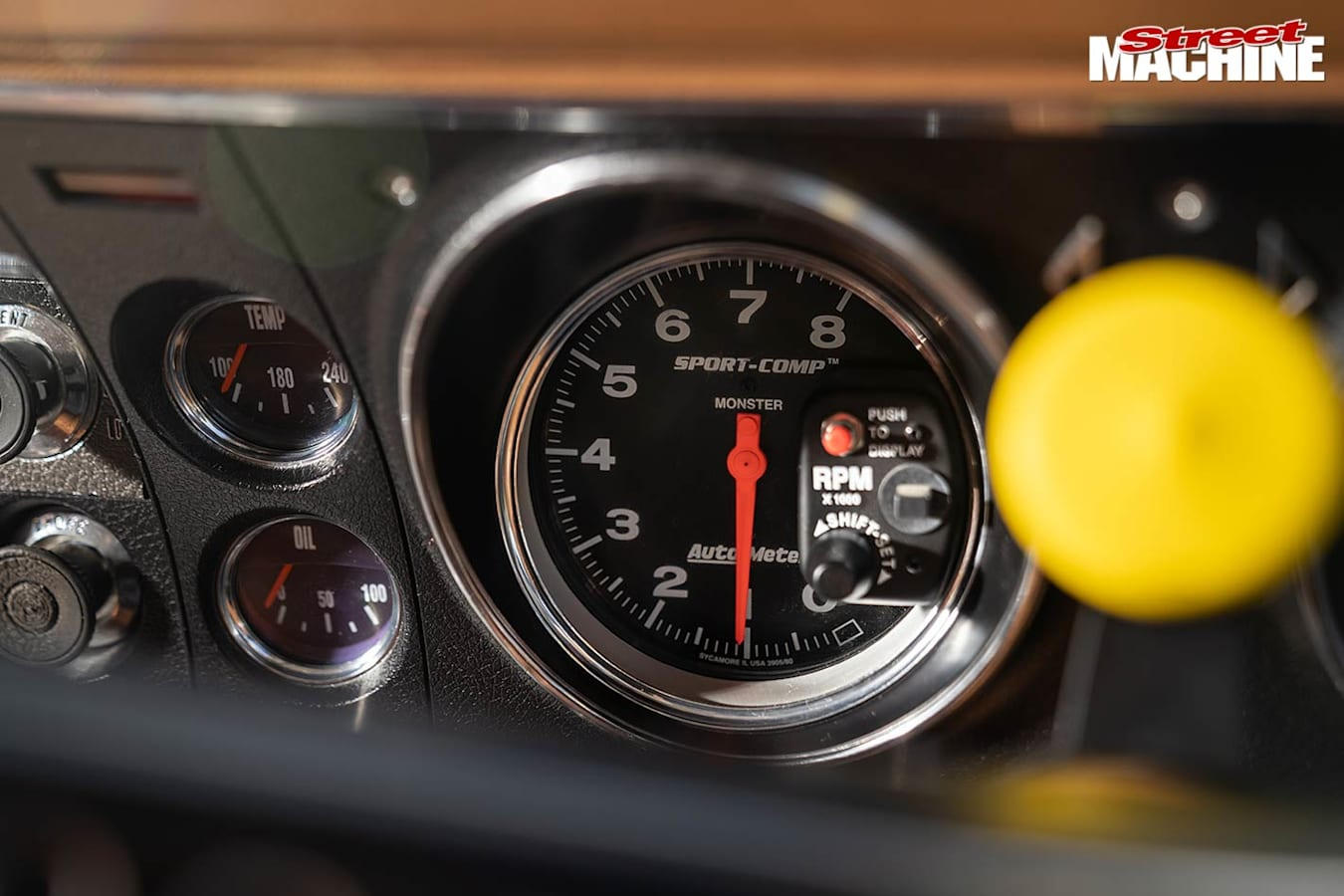 Ford XY Falcon 500 gauges